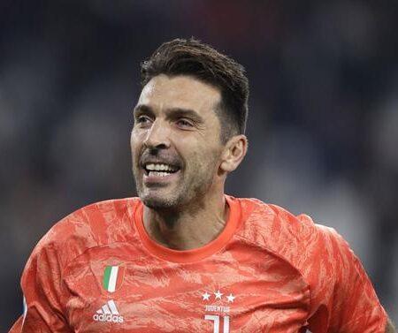 Parma entra na corrida por Buffon